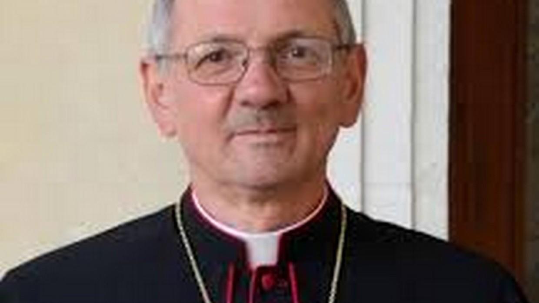 Il Vescovo Cipolla in visita alla Masseria